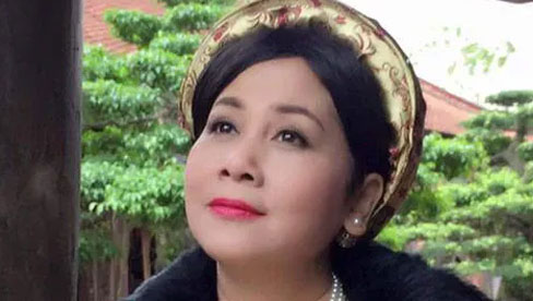 Cuộc đời NSND Minh Hằng: 25 năm lẻ bóng, hạnh phúc mới chưa được bao lâu thì chồng ra đi vì bạo bệnh