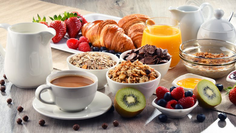 Người mắc bệnh tiểu đường cần tuyệt đối tránh ăn gì vào bữa sáng?