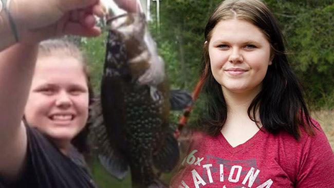 Cuộc sống của cô gái cơ thể luôn toát ra mùi cá ươn