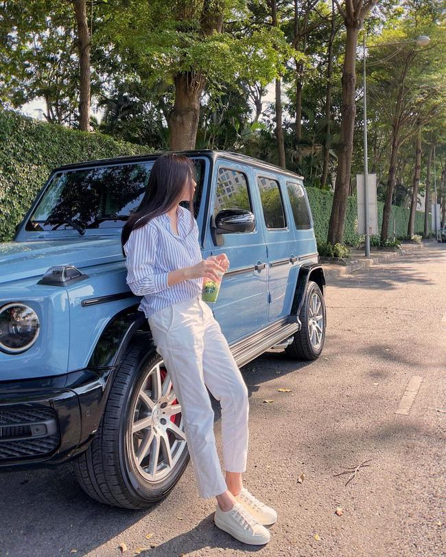 Đàm Thu Trang lên đồ đơn giản mà ngày càng trẻ trung và thời thượng, đôi khi còn xịn như gái Hàn-2