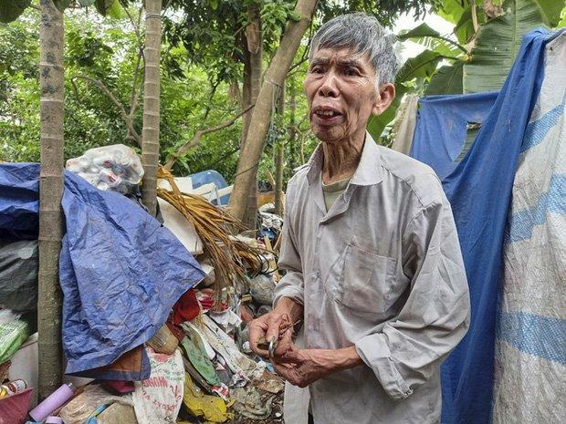 Cận cảnh căn nhà cấp bốn bị rác bủa vây của nữ lao công bị sát hại thương tâm-4
