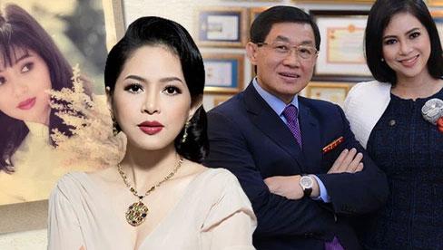 Cô tiếp viên hàng không kém 19 tuổi khiến vị tỷ phú nổi tiếng Việt Nam trúng tiếng sét ái tình và bắt đầu màn theo đuổi như phim