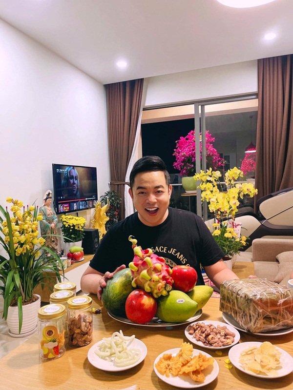 Sự thật về độ giàu có của Quang Lê và cuộc sống lẻ bóng tuổi U50-4