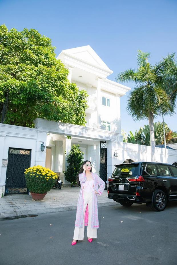 Khối tài sản của Phượng Chanel - Quách Ngọc Ngoan: Nàng có biệt thự tiền tỷ, chàng có trang trại 10.000m2-3