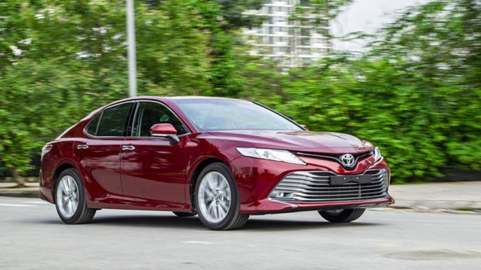 Bảo dưỡng Toyota Camry, chủ xe cần chi bao tiền?-1