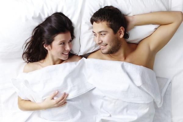 Đời sống tình dục trong hôn nhân: 8 bí quyết vàng dành cho mọi cặp đôi-1