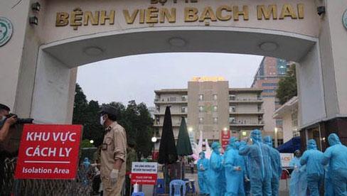 Nhân viên bị buộc nghỉ ở BV Bạch Mai: