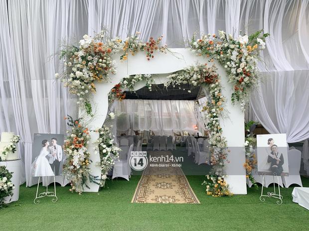 Đám cưới Phan Mạnh Quỳnh tại Nghệ An: Cô dâu đeo vàng siêu nhiều và tình tứ bên chú rể gây sốt, tiệc cưới khủng náo loạn cả làng quê!-17