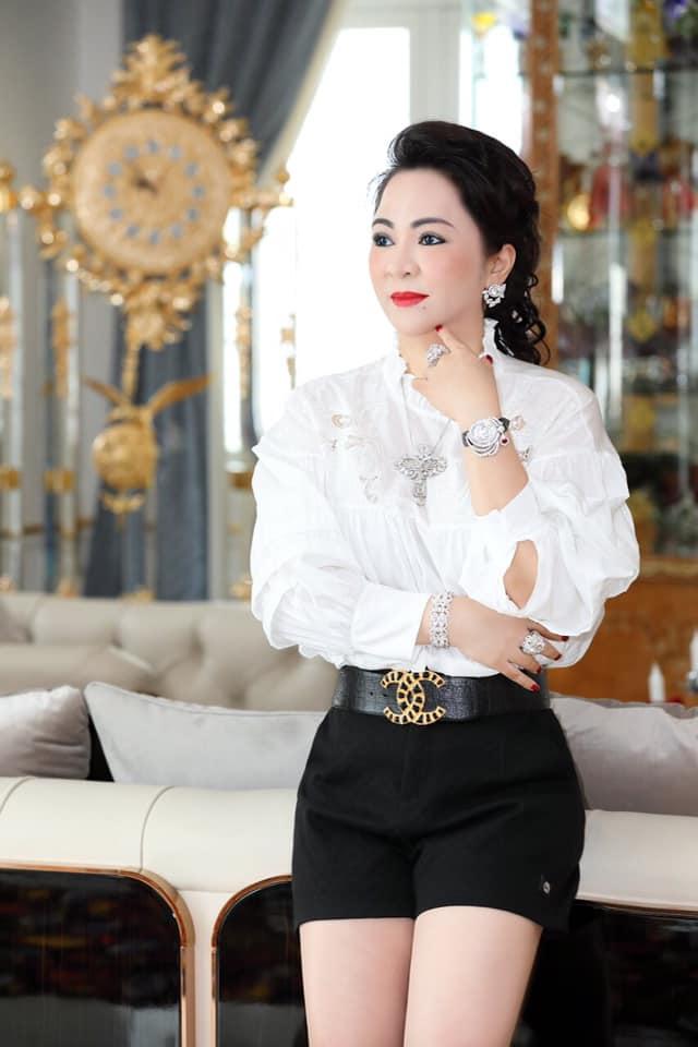 Nhan sắc nữ đại gia đáp trả Trang Trần em có chửi chị 1000 lần chị vẫn xinh đẹp, ở trong lòng công chúng-2