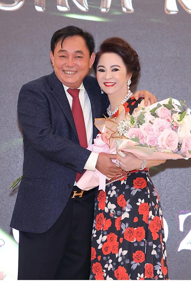 Nhan sắc nữ đại gia đáp trả Trang Trần em có chửi chị 1000 lần chị vẫn xinh đẹp, ở trong lòng công chúng-7