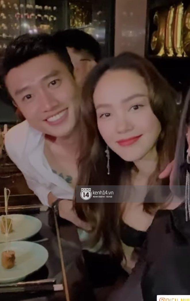 Bắt gặp Quốc Trường và Minh Hằng hẹn hò trong tiệc sinh nhật, ôm hôn công khai đến kéo nhau ra riêng 1 góc-10