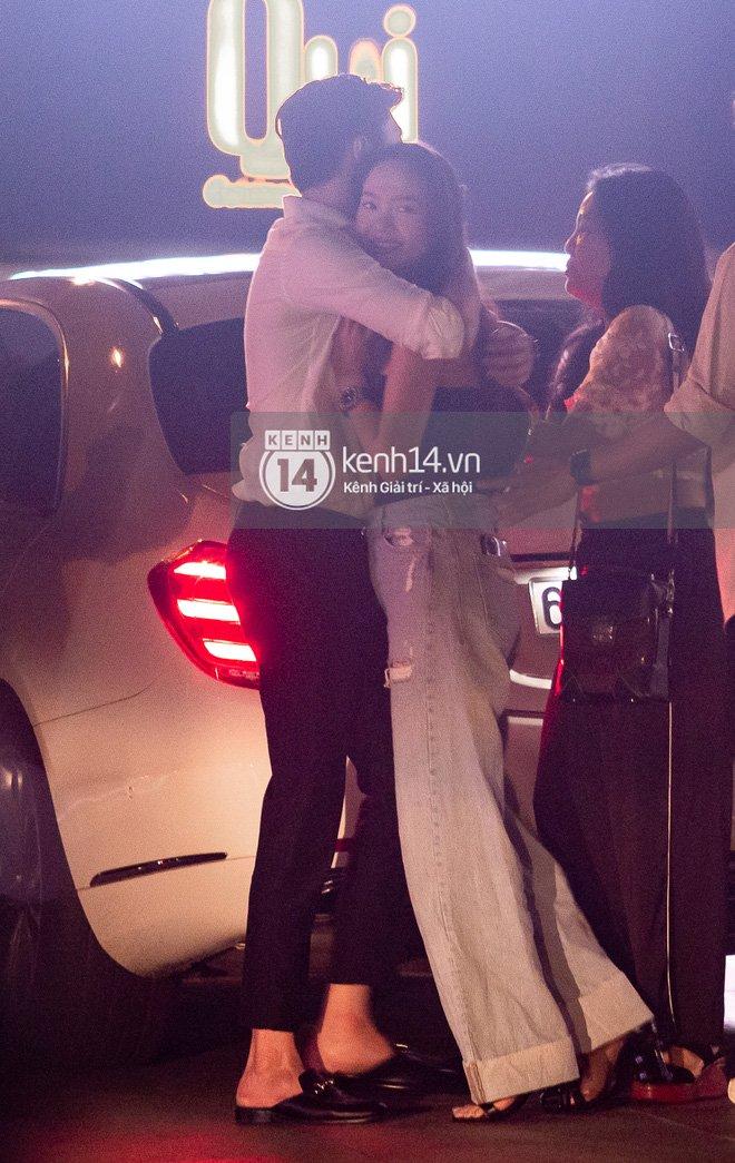 Bắt gặp Quốc Trường và Minh Hằng hẹn hò trong tiệc sinh nhật, ôm hôn công khai đến kéo nhau ra riêng 1 góc-8