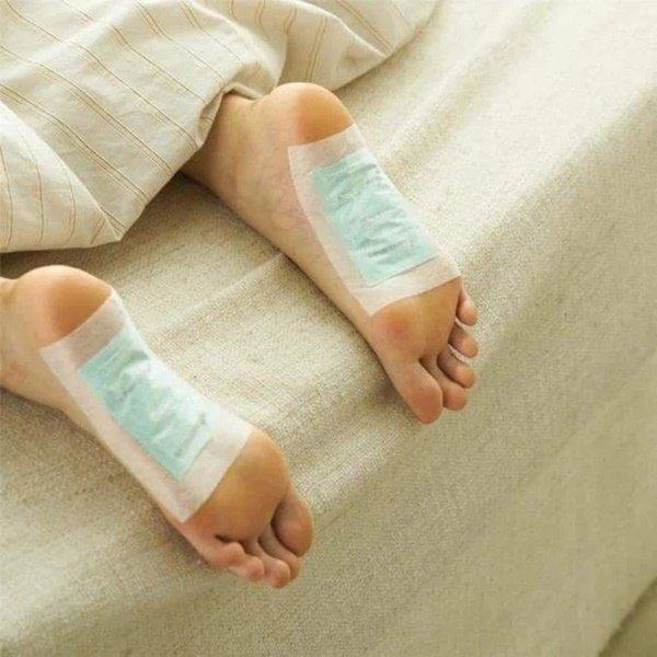 Lật mặt miếng dán thải độc chân dưới góc nhìn của chuyên gia Mỹ: Lợi đâu chưa thấy đã tốn tiền và hỏng… da chân-2