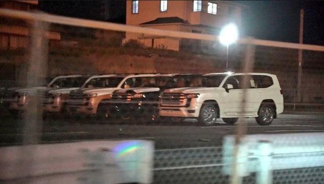 Toyota Land Cruiser thế hệ mới lộ nguyên cả lô không che chắn: Nồi đồng cối đá cuối cùng cũng chịu thay đổi-1