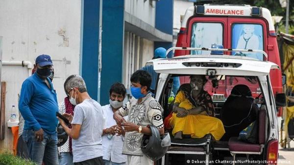 Bão Covid-19 càn quét, Ấn Độ chìm trong tang thương: Biến thể SARS-CoV-2 ở Ấn Độ nguy hiểm như thế nào?-3