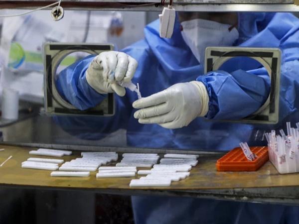 Bão Covid-19 càn quét, Ấn Độ chìm trong tang thương: Biến thể SARS-CoV-2 ở Ấn Độ nguy hiểm như thế nào?-6