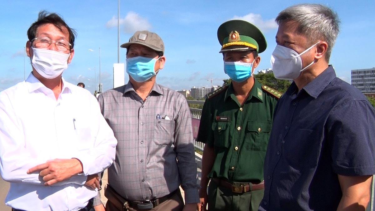 Thứ trưởng Bộ Y tế khảo sát vùng biên giới ở An Giang