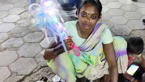 Lao động nghèo Ấn Độ: Từng suýt bán thận vì COVID-19, nếu thủ đô lại phong tỏa thì chỉ còn đường chết