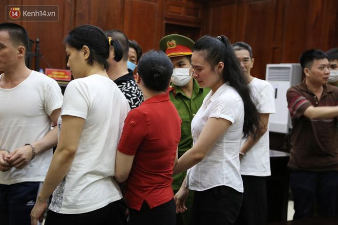 Cái kết đắng cho mối tình giữa trùm ma túy Văn Kính Dương và hot girl Ngọc Miu: Nhận hết tội trạng để bảo vệ người tình đến nụ hôn tạm biệt trước giờ nhận án tử-6