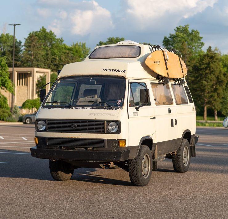 10 chiếc xe van cắm trại lý tưởng dành cho dã ngoại-1