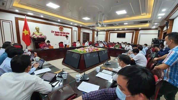 Bộ trưởng Bộ Y tế: Dịch ở Hà Nam lây nhiễm nhanh, mức độ tấn công nhanh-1