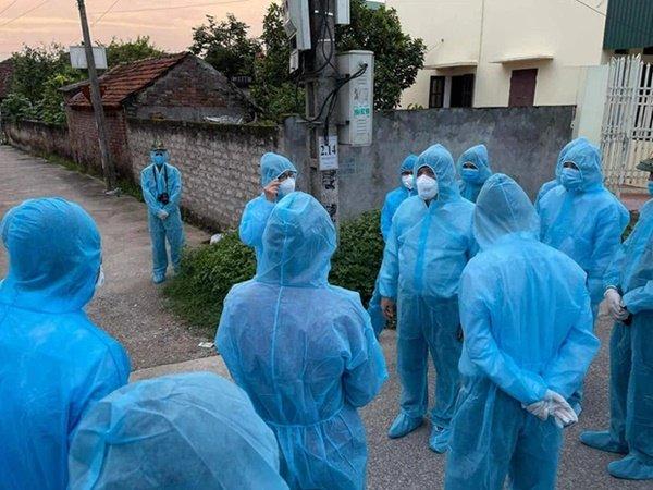 Bộ trưởng Bộ Y tế: Dịch ở Hà Nam lây nhiễm nhanh, mức độ tấn công nhanh-3