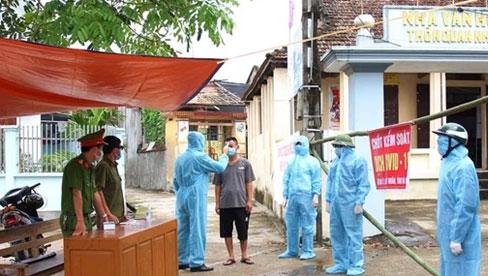 Hà Nam: Cách ly y tế 28 ngày đối với thôn có 5 thành viên trong gia đình nhiễm Covid-19