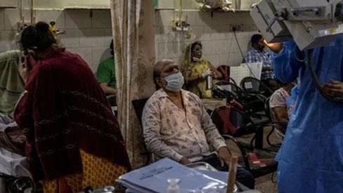 Lại 1 ngày kinh hoàng: Ấn Độ tiếp tục lập kỷ lục hơn 400.000 ca nhiễm mới trong ngày, chìm sâu trong
