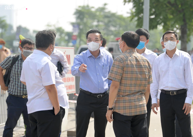 Chủ tịch Hà Nội: Không có khái niệm phong tỏa, giãn cách xã hội toàn thành phố-2