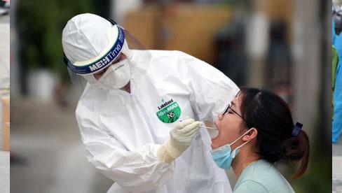 Hà Nội tiếp tục ghi nhận 2 ca dương tính SARS-CoV-2 mới tại quận Thanh Xuân và Phúc Thọ