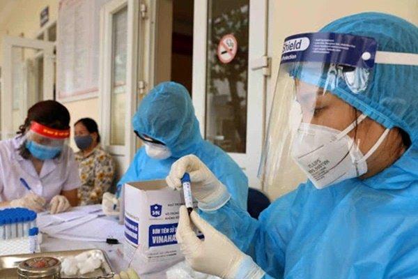 Nóng: Phát hiện 4 người trong gia đình ở Hòa Bình dương tính SARS-CoV-2-1