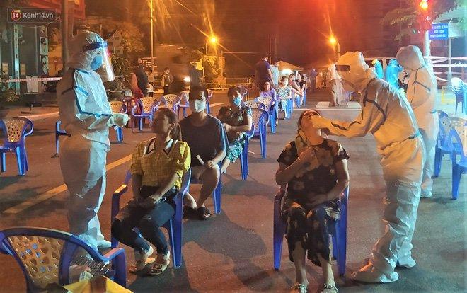 Đà Nẵng phát hiện hơn 30 ca dương tính SARS-CoV-2 mới: Phong tỏa khẩn cấp khu công nghiệp, xét nghiệm 700 người trong đêm-10