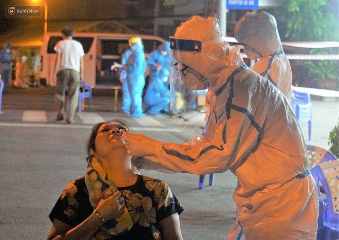 Đà Nẵng phát hiện hơn 30 ca dương tính SARS-CoV-2 mới: Phong tỏa khẩn cấp khu công nghiệp, xét nghiệm 700 người trong đêm-11