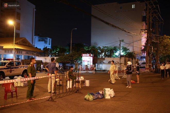 Đà Nẵng phát hiện hơn 30 ca dương tính SARS-CoV-2 mới: Phong tỏa khẩn cấp khu công nghiệp, xét nghiệm 700 người trong đêm-4