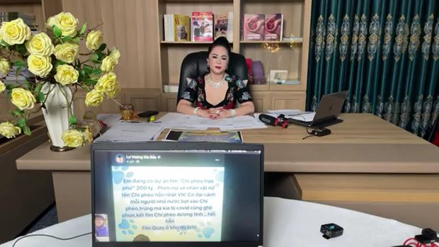 Mỉa mai bà Phương Hằng làm giàu bất chính, NSND Hồng Vân bị chính chủ livestream nói gay gắt, netizen ùa vào tấn công-2