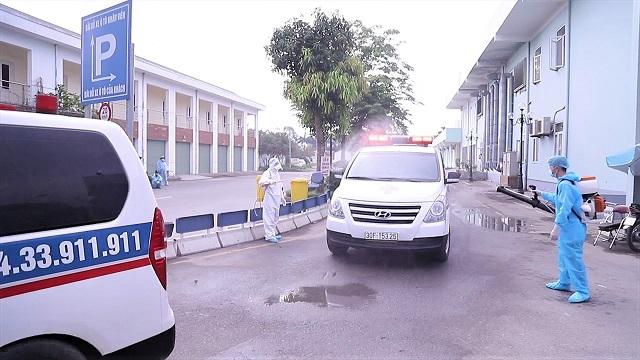 Di chuyển 500 bệnh nhân và người nhà từ Bệnh viện K sang nơi mới