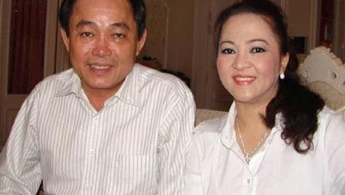 """Bà Phương Hằng chia sẻ về việc """"sống thử"""" 4 năm trước khi chính thức cưới và bí mật về"""