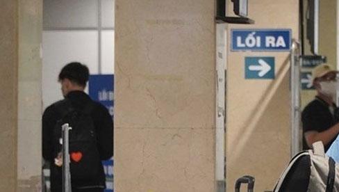 TPHCM: Tạm dừng nhập cảnh hành khách tại sân bay Tân Sơn Nhất