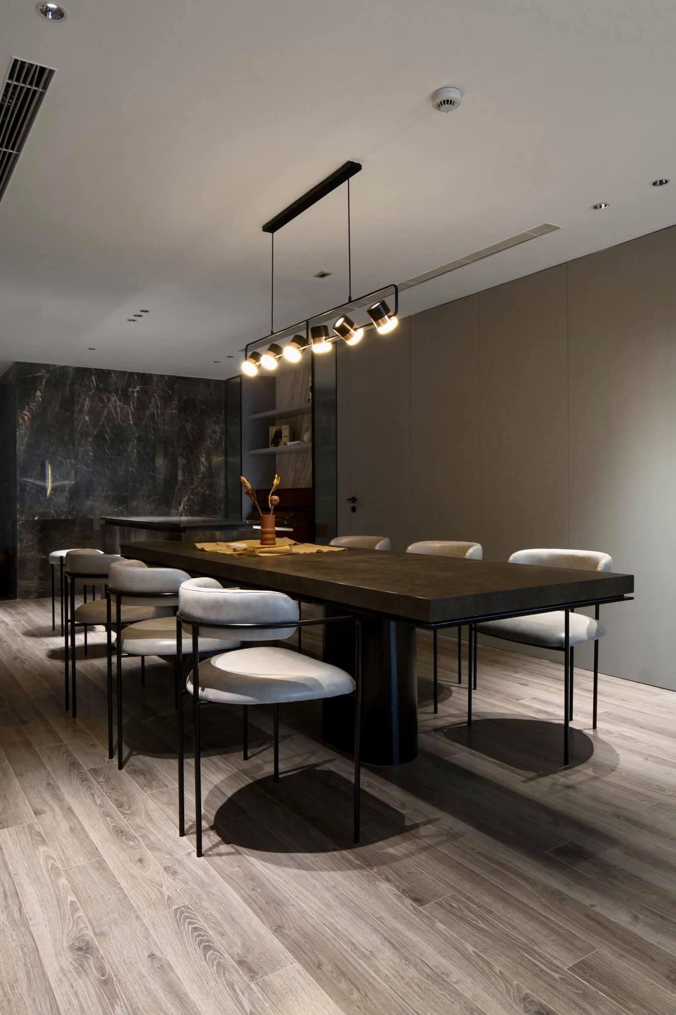 Thích mê ly căn hộ 'smarthome' 210m2 của gia đình nhiều trẻ con-4