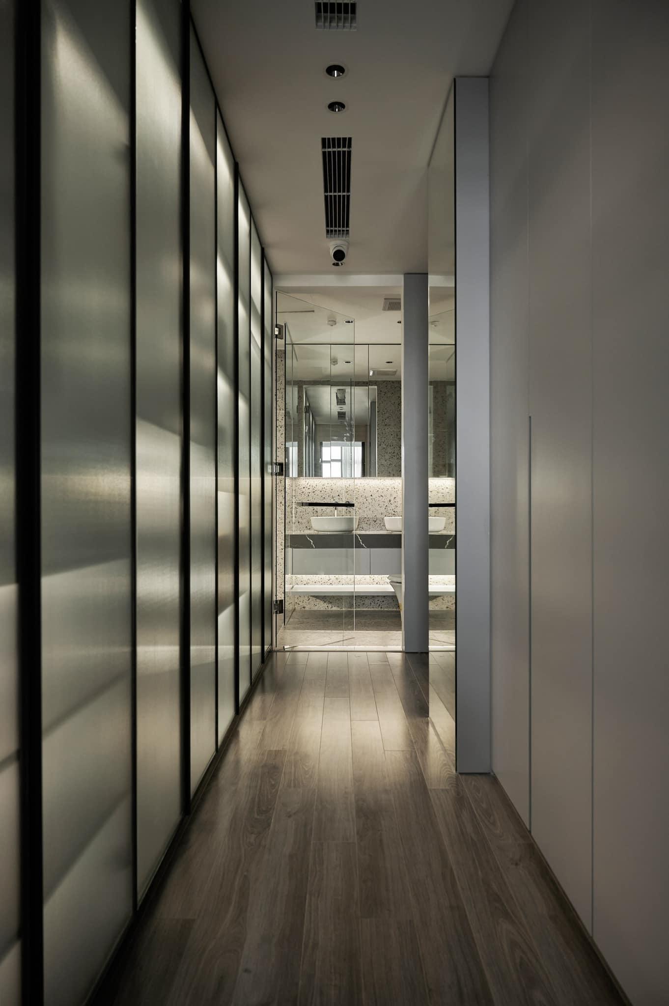 Thích mê ly căn hộ 'smarthome' 210m2 của gia đình nhiều trẻ con-22