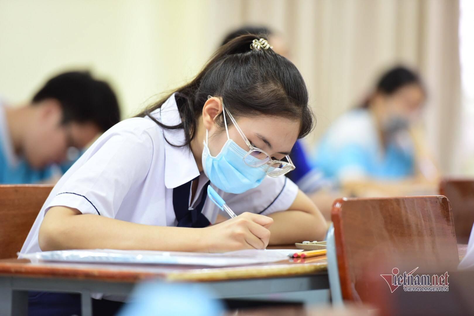 Thi lớp 10 Hà Nội: Phụ huynh lo sốt vó trước dự kiến của Sở GD-ĐT-1