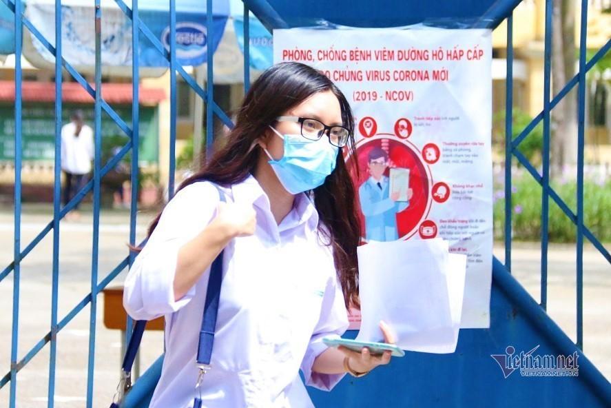 Bí thư Hà Nội yêu cầu làm chặt việc xét thí sinh F0, F1, F2 vào lớp 10-1