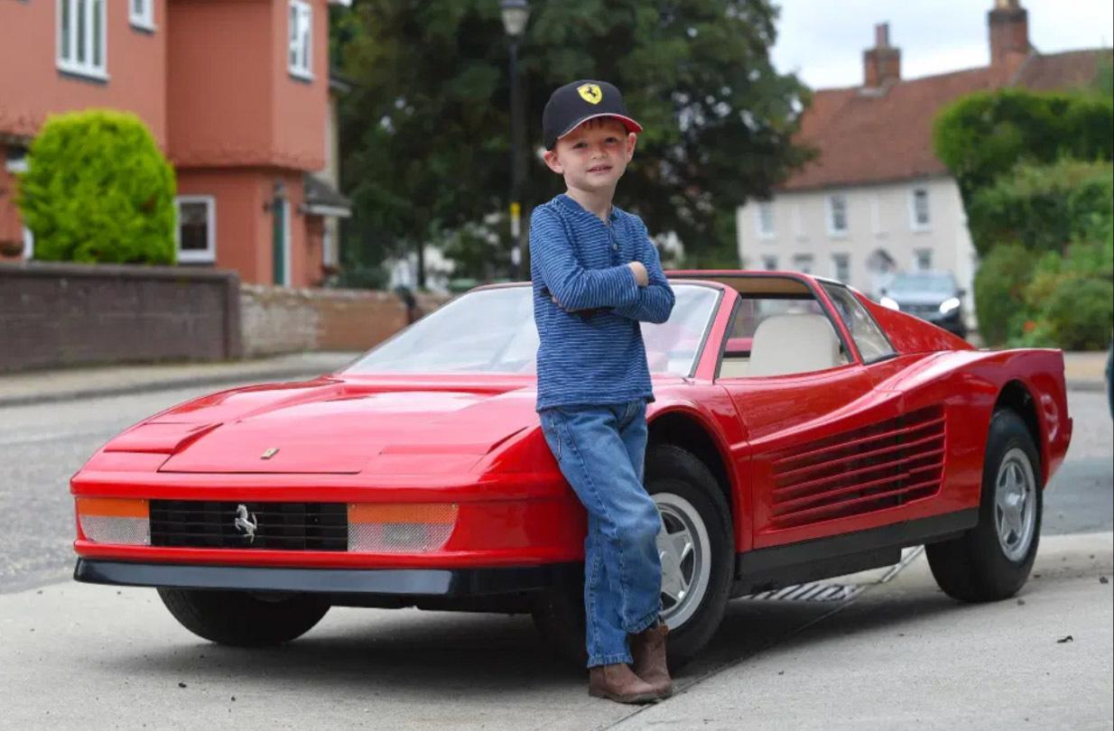 Những chiếc xe trẻ em đắt hơn cả ô tô hạng sang-3