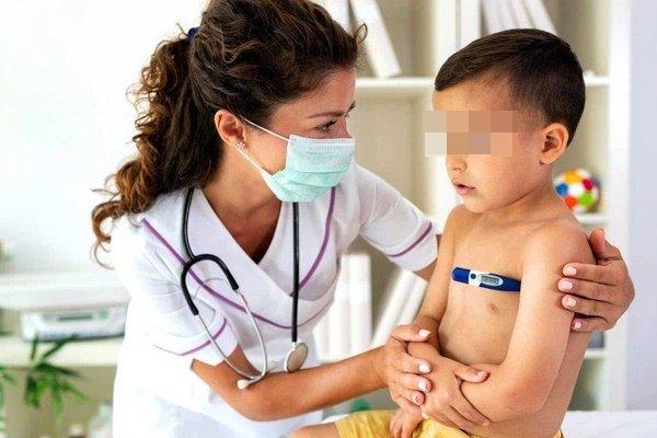 Các triệu chứng COVID-19 phổ biến ở trẻ em cha mẹ cần hết sức lưu ý-3