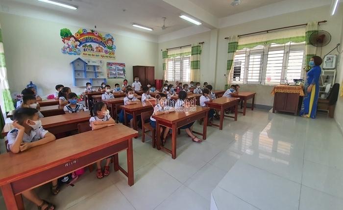 Giáo viên trúng tuyển ở Quảng Nam bất ngờ vì được chọn nơi làm việc-2