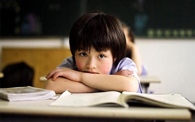Nếu có 4 biểu hiện cảm xúc dưới đây, bé có khả năng rơi vào trầm cảm nhưng đa số cha mẹ vẫn coi nhẹ-1