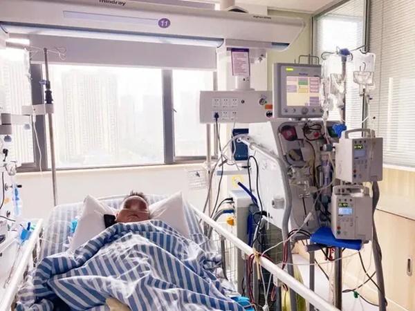 Người đàn ông suýt chết vì suy đa tạng, viêm phổi, bác sĩ chỉ ra nguyên nhân là chiếc điều hòa trong xe hơi 2 tháng không sử dụng-3