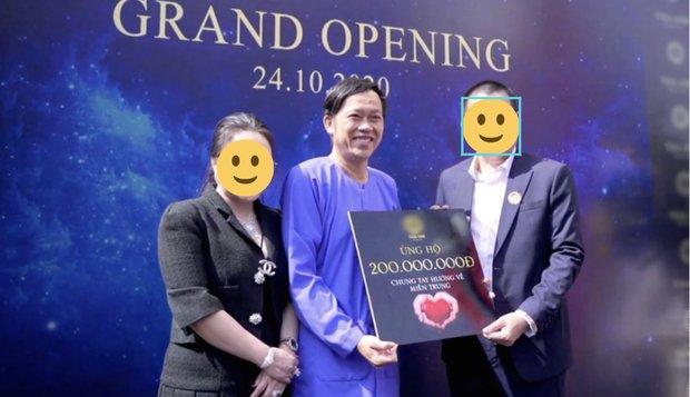 Xôn xao clip nghệ sĩ Hoài Linh nhảy vinahey cực sung cùng NS Minh Nhí sau khi cách ly xạ trị không lâu?-2