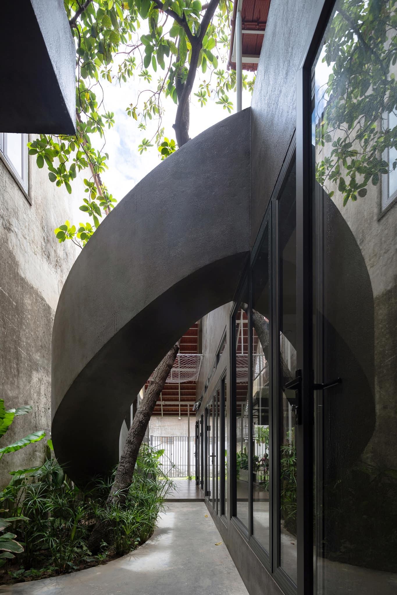 Ngôi nhà trát xi măng, xây hết 800 triệu đồng của nhiếp ảnh gia Nghệ An-8