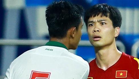Công Phượng nổi giận vì bị đá xấu, cố kiềm chế không đánh cầu thủ Indonesia